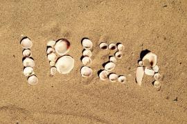 ¿Por qué las celebridades aman tanto Ibiza?: eventos y vacaciones únicas en la isla más deseada