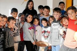 Chocolatada y talleres para dar inicio a las fiestas de Santa Agnès