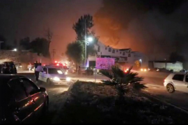 Al menos 21 muertos por la explosión de una toma clandestina de combustible en México