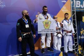 El santaeulariense Ángel Sánchez, campeón de Europa de Jiu Jitsu