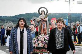 A Santa Agnès rezando y al cielo rogando