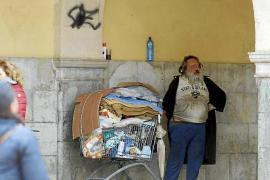 El indigente del Mercat de l'Olivar