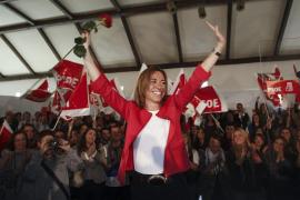 Chacón presenta su candidatura con un discurso contra el inmovilismo del PSOE