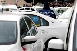 El taxista atropellado por un VTC en las protestas de Madrid, muy grave