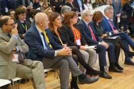 Armengol y otras autoridades autonómicas e insulares en Fitur