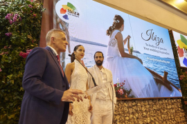 La isla de Ibiza se posiciona en Fitur como destino turístico de bodas