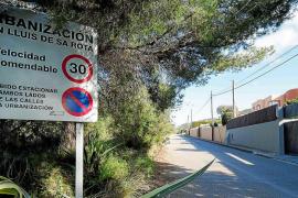 La Guardia Civil busca a los ladrones que robaron más de 10.000 € y joyas en dos casas
