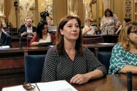 """Armengol reafirma el compromiso del Govern """"contra las prospecciones petrolíferas"""""""