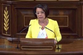 Sofía Hernanz dice que Sánchez viaja tanto como Rajoy pero sin vino y whisky