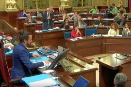 El Parlament aplaza la aprobación de la Ley de la bahía de Sant Antoni por falta de consenso