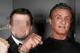 El empresario herido, con Sylvester Stallone