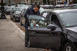 Uber y Cabify dejarán de funcionar en Barcelona a partir de este viernes