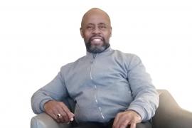 Bazil Meade: «El gospel es una herramienta para transmitir amor, paz y respeto a los demás»