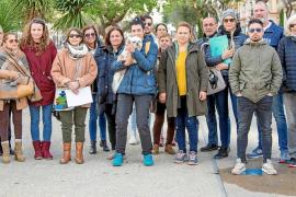 Medio centenar de personas contra las muertes de gatos en Platja d'en Bossa