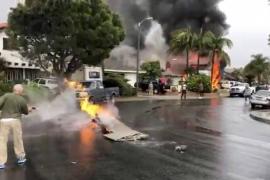 Al menos cinco muertos tras estrellarse una avioneta en una zona residencial en California