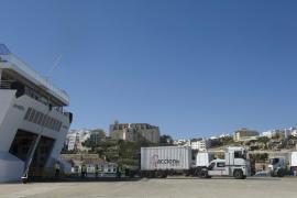 El tráfico de mercancías crece un 2% en el puerto de Ibiza