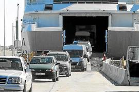 El puerto de Formentera es el único en el que bajó el tráfico de mercancías en Balears
