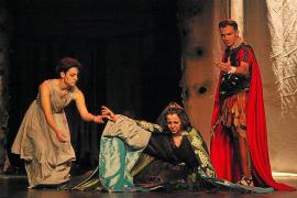 Los escolares de las Pitiusas disfrutan con el teatro y los documentales