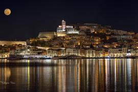 Anochecer en el Puerto de Ibiza