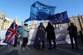 Un 53 por ciento de los británicos, a favor de posponer la salida de Reino Unido de la UE