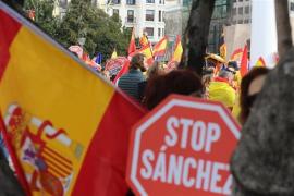 El Manifiesto acusa a Sánchez de «traición y puñalada por la espalda», apoya a los jueces y pide elecciones