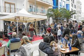 Santa Eulària vuelve a triunfar con la celebración del 'Rock'n'Bars'