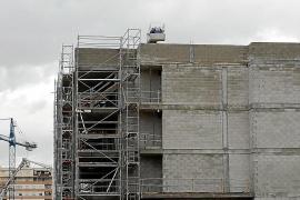 La compraventa de viviendas retrocede en Baleares en 2018 por su elevado coste