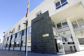 Un guardia civil de Ibiza cobra 85 € por insularidad, 230 € menos que uno de Lanzarote