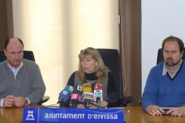 La alcaldesa de Vila recuerda que si cobra más que su predecesora es por cobrar trienios