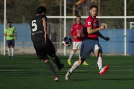 El partido entre el CD Ibiza y el Manacor, en imágenes (Fotos: Marcelo Sastre).