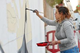 Un mural para recordar para siempre la figura de Margalida Roig 'Llogat'