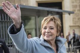 Villalobos anuncia su retirada de la política