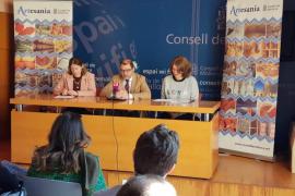 El Consell presenta una renovación de los oficios artesanos de Mallorca