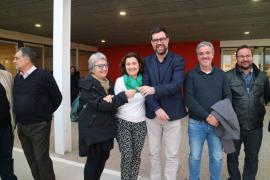 El Govern entrega al Ayuntamiento de Palma las llaves del centro de día de Son Ferriol