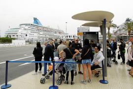 El número de cruceristas se ha duplicado en los últimos diez años en el puerto de Palma