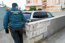 Detenido un joven que se hacía pasar por policía en Ibiza y que atacó a unos guardias