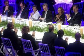 Felipe VI destaca en el Mobile que la Constitución ha hecho de España «una democracia plena»