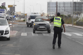 Dos positivos en alcohol y otros dos en drogas en la campaña de control de camiones y autobuses en Ibiza