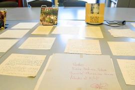 Vila entrega a Llucmajor las cartas de la conocida poeta Maria Antònia Salvà