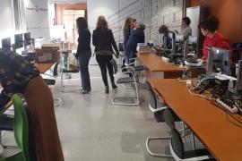 Una docena de funcionarios ultimaban ayer la puesta en marcha de los juzgados de lo Penal