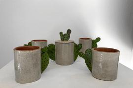 La cerámica suma adeptos en Formentera: «es algo que empiezas y te gana»