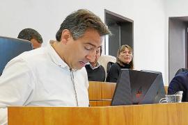 El Ayuntamiento de Vila no cumple con su propia ordenanza de consumo y regulación de alcohol