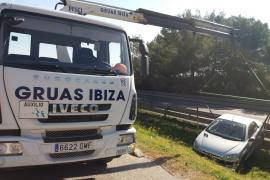 Ileso tras sufrir una salida de vía en Sant Josep