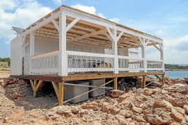 El chiringuito de Cala Gració avisa a Sant Antoni que abrirá sus puertas el próximo mes de mayo