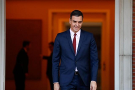 Pedro Sánchez firma el Real Decreto de disolución de las Cortes y la convocatoria de elecciones