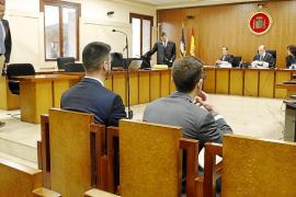 Los dos guardias civiles juzgados por falsa denuncia niegan las acusaciones
