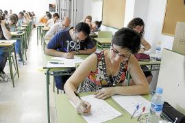 Los sindicatos quieren la reserva de plazas a interinos en las oposiciones a docente
