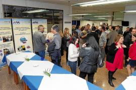 Encuentro entre empresarios y futuros trabajadores en el IES Isidor Macabich