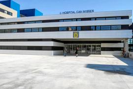 El Hospital Can Misses instalará cerca de 1.000 paneles solares en sus azoteas