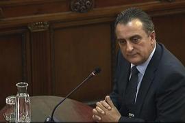 El exjefe de información de los Mossos matiza que las previsiones de violencia del 1-O no se cumplieron